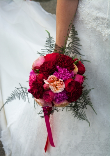 bouquet_mariee-rouge-rose-idylle