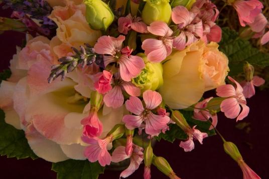 petit-bouquet-rose-lisianthus-silene-idylle